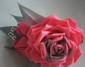 Barrette hair rose