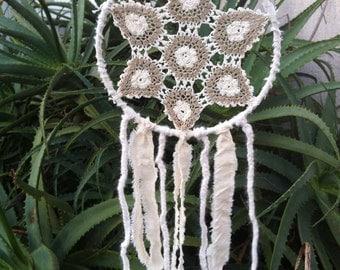 Small Doily Dream Catcher // Crochet Dream Catcher // Wall Hanging