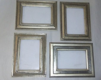 Picture frames in white gold