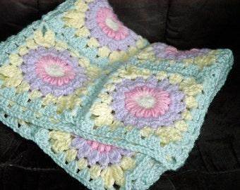 Crochet Sunburst Granny Baby Blanket - Summer Flower
