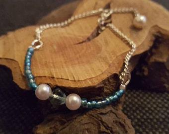 Blue Glass Bead and Swarovski Pearl Bracelet