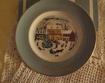 Avon Christmas Collector Plate ~ 1980