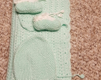Baby Blanket Set, Green Baby Blanket, Green Baby Hat, Green & White Baby Booties
