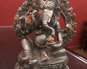 Antique idol of Ganesha