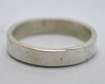 T13C07 Vintage Modernist Style Plain Band 925 Sterling Silver Ring Size 11.5