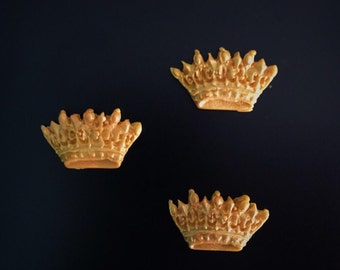 12 Small Fondant Crowns