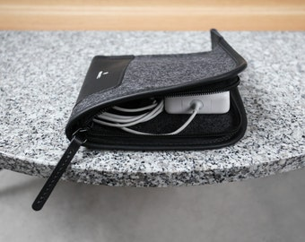Compact Charger Case - Italian Leather and Merino Wool Felt, Smokey Grey / Black