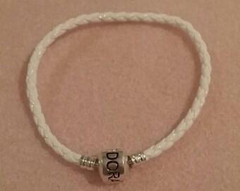 bracelet with Lock like pandora  17 inches (leather)