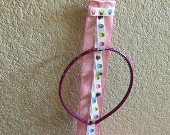 Handmade headband holder cupcake