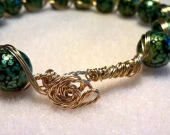 Green and Gold beaded bangle