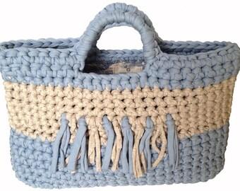 Crocheted bag - pale sky / vanilla