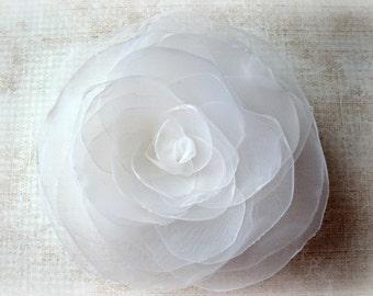 White Wedding Hair Flower, White Rose Bridal Hair Flower Clip, White Flower Girl Hair Accessory, White Bridal Hair Accessory, White Weddings
