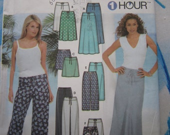 Simplicity 7229 Skirt, Shorts and Trousers Sewing Pattern 14-22