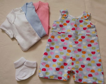 Newborn. Dungaree shorts, fully lined baby short dungarees.