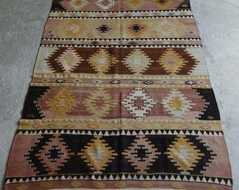 5'5''x8' Handwoven Kilim Rug, Vintage Kilim, Bohemian Rug, Turkish Antique Kilim