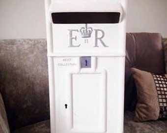 HIRE ONLY: White Wedding Royal Mail Post Box BEDFORDSHIRE