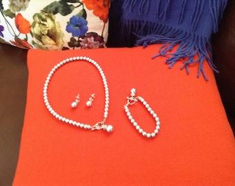Pewter grey pearl look set
