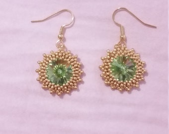 Swarovski Beaded Rivoli Crystal Earrings Peridot Green Gold August Birthstone
