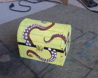 Octopus treasure box