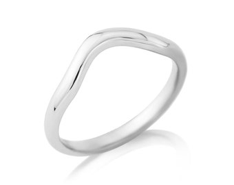 R013A Shaped Wedding Ring