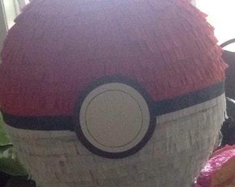 Pokemon pokeball mini piñata candy favors