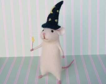 Wizard mouse, Magician mouse, Needle felt mouse, White mouse, Needle felt animal, Needle felt miniature, Birthday gift, Home decor
