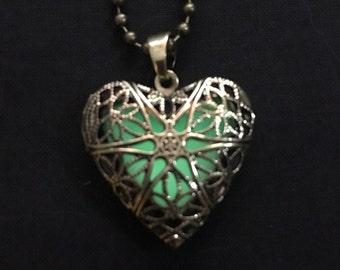 Green Glow Heart