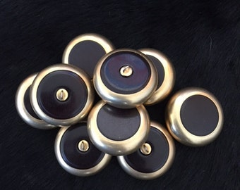 Chunky Mod Deep Chocolate Brown Button Set