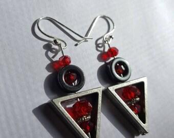 Triangle circle head dangle earring