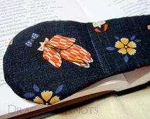 Kimono Girls Book Weight - Navy Blue Japanese Fabric - Yellow Flowers - kawaii