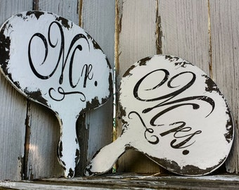 Mr and Mrs Signs | Wedding Signs | Photo Props for Weddings | Rustic Chalkboard | Photo Booth Prop | Photo Booth Idea | Wedding Game |Rustic