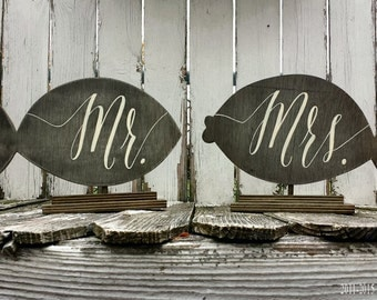 Mr and Mrs Table Signs. Beach Wedding. Wedding Sign. Wedding Decor. Nautical Decor. Beach Decor. Wedding Reception.