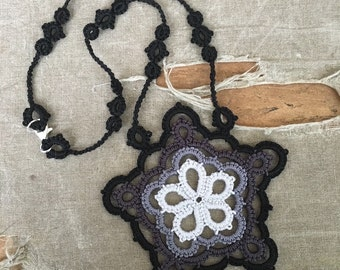 Black Star - Tatted Lace Necklace - Ombre Colors