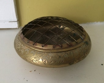India Etched Brass Flower Frog / Incense Burner / Fitted Mesh Frog / Flower Arranging / Brass Dish Bowl