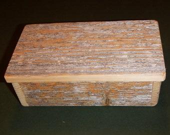 "Barnwood ""Lichen"" SONGBIRD box #2 - Rustic Refined"
