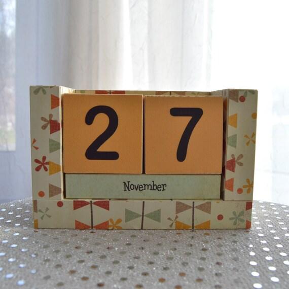 Virtual Calendar Wallpaper : Perpetual wooden block calendar grandmas wallpaper kite