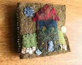 Little Green House Sewing Needle Book