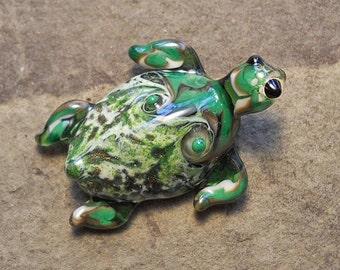 Dark green Sea Turtle necklace, Lamp Work Glass Bead marine biologist pendant, ready to wear glass jewelry, Isinglass Design, glassbead