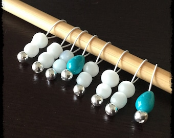 Snag Free Stitch Markers Small Set of 8 - White and Teal Glass -- K38 -- Up to size US 8 (5.0mm) Knitting Needles