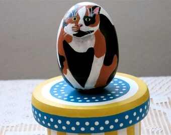 Round Painted Jewelry Box With Cat, Painted Calico Cat On Wooden Box, Hand Painted Round Box, Round Cat Box, Blue And Yellow Box