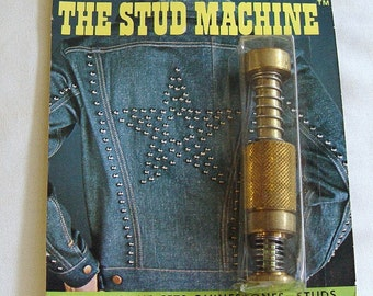Vintage SHERU The Stud Machine Set Rhinestones Studs etc. - #733