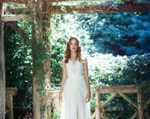 V-neck Wedding gown: Ivy
