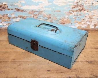 Free Shipping Metal Tool box  Small Light Blue  with lid and latch shabby chippy organization Bernz-o-matic