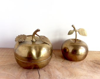 Vintage Brass Apple Trinket Box Pair, Gold Decor. Golden Apple, Vintage Fruit Container, Brass Storage Box with Lid, India Brass Decor.