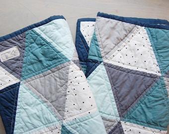 Modern Tringle Crib Quilt/Blue & Aqua