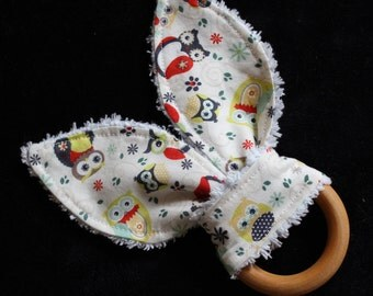 Nested Owls Rabbit Ears Maple Teething Ring