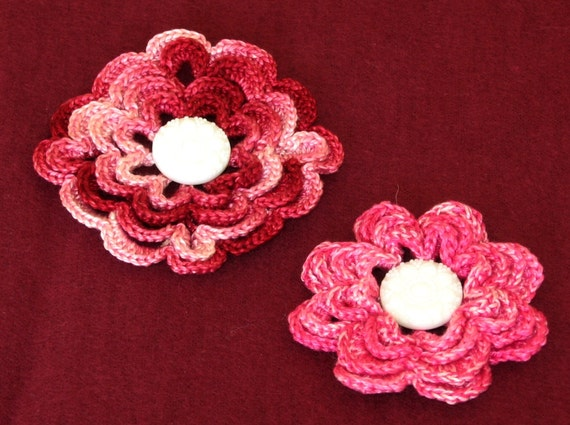 Set of 2 Handmade 3D Flowers - One Each Shaded Garnet Reds and Shaded Pinks - Crocheted Jewelry Brooch or Pendant - Or Applique