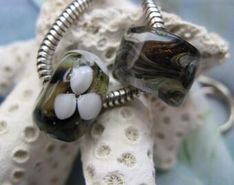 BHB Rock Garden Organic Earthtones with White Daisies set of 2 big hole beads