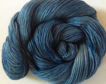 Hand dyed merino tussah silk dk  3.5 ozs 100 g 210 yards Heron