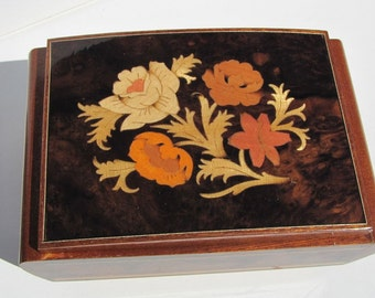 Vintage Reuge Jewelry box, Musical Jewelry Box, Inlaid Wood Jewelry Box, Swiss Movement, Made in Italy, Pour elise, Wooden Jewelry box,
